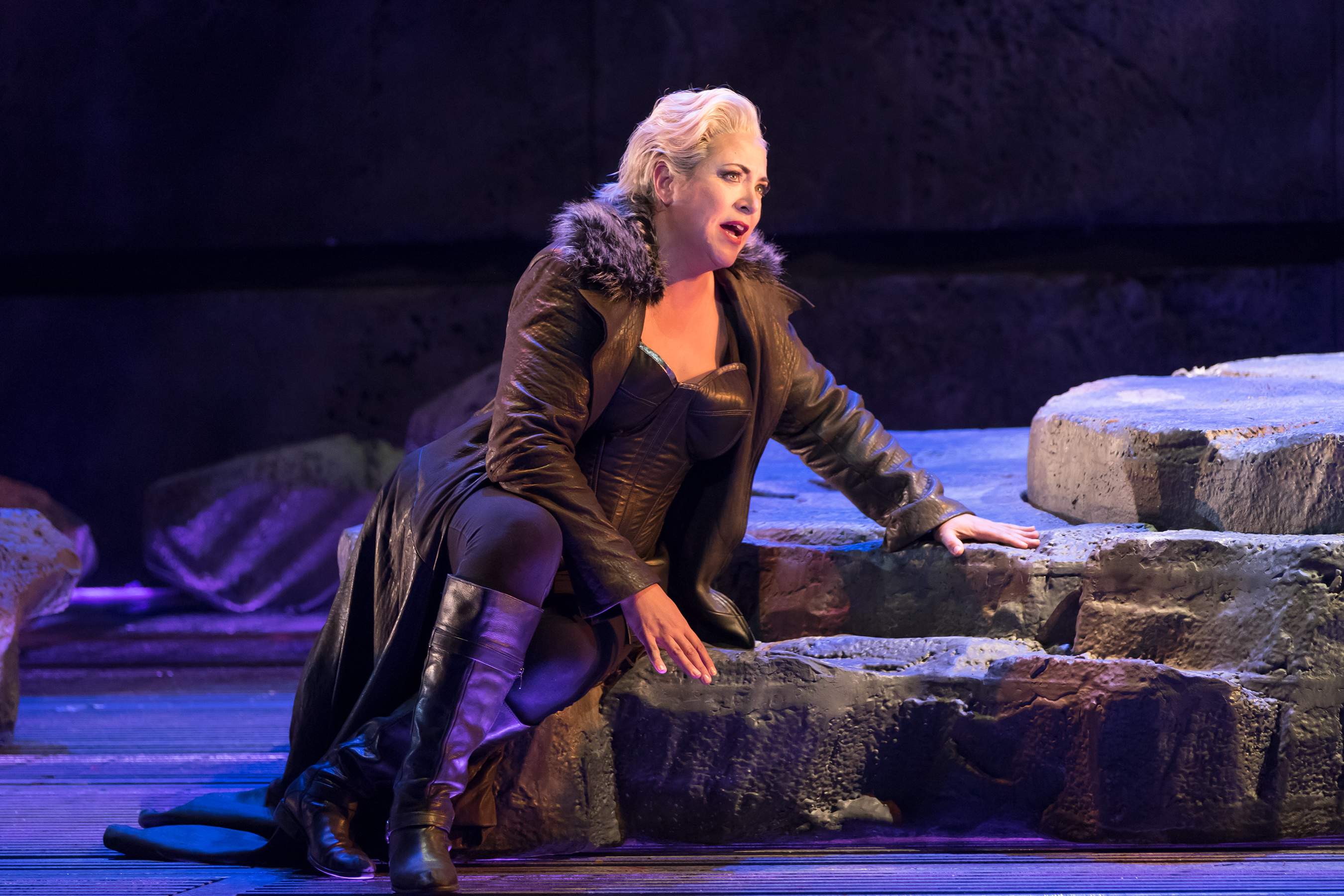 Lori Phillips as Brünnhilde in <i>Siegfried</i>